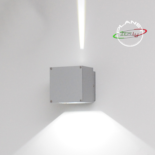 Applique lampada led per esterni illuminazione up and down decorazione parete