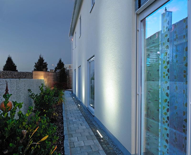 Illuminazione a led per esterni tutte le offerte - Illuminazione a pavimento per esterni ...