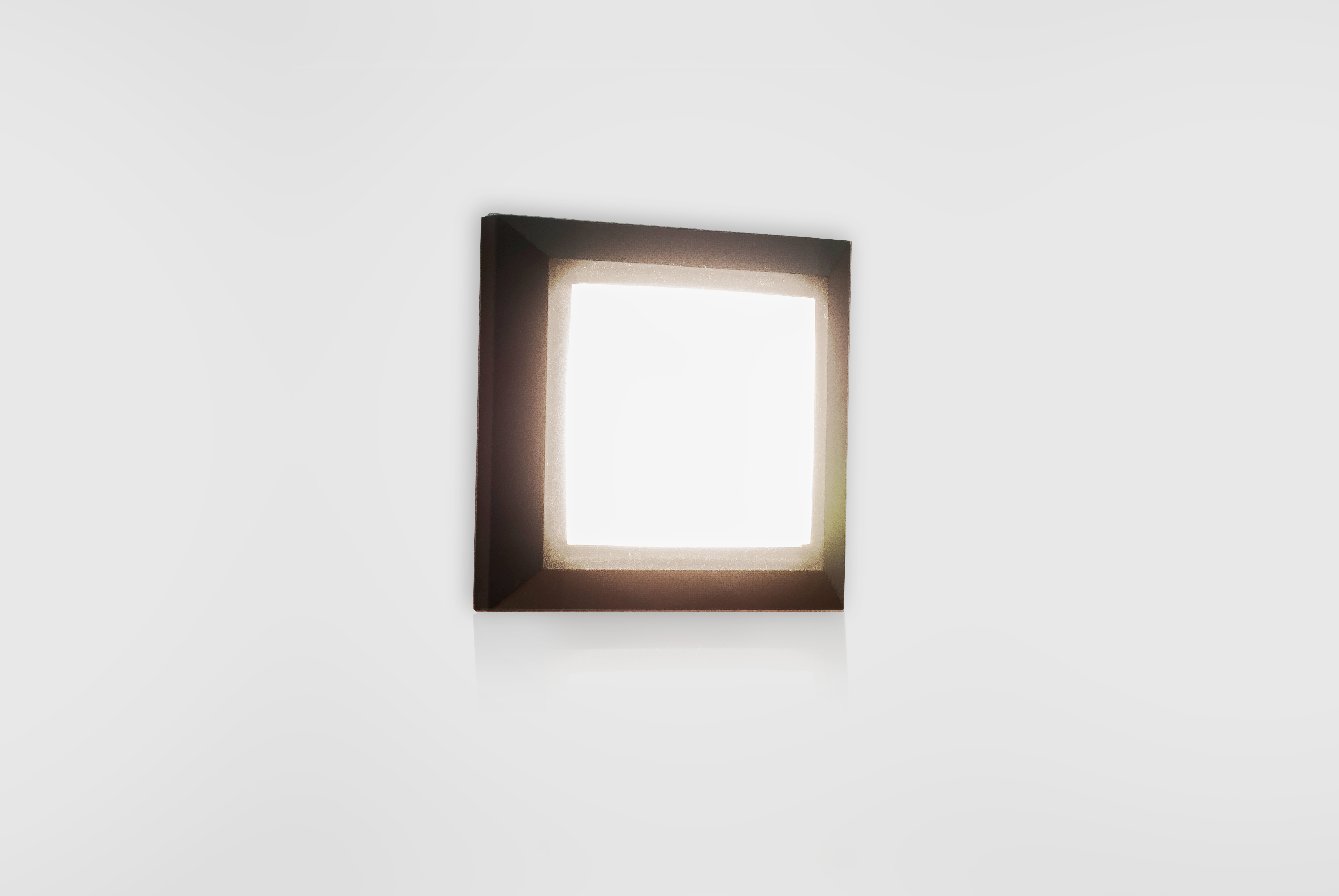Plafoniere Per Esterno Ip65 : Segnaviale fissaggio a parete :: prova sito::: faretto led