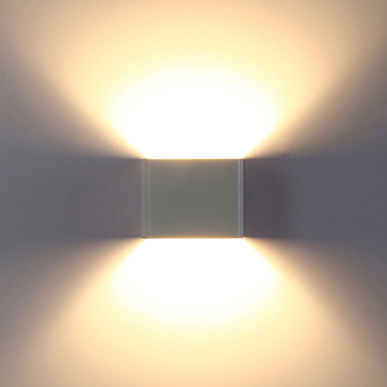 Applique led - :: prova sito::: - Lampada con doppio fascio luminoso ...