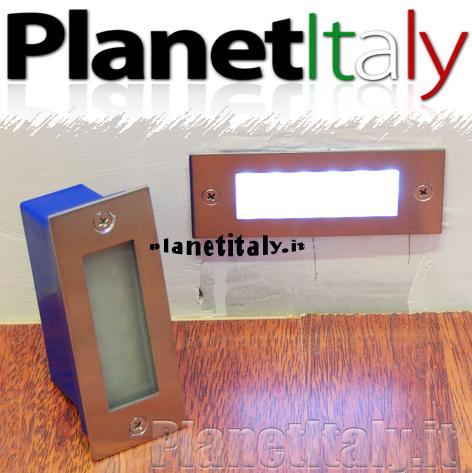 Faretto led segnapassi 10 led 2w luce bianco luce per for Segnapassi a led