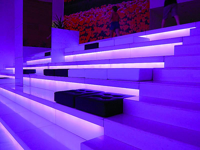 Hauser11 led strip per esterni ip67 planetitaly - Illuminazione a pavimento per esterni ...