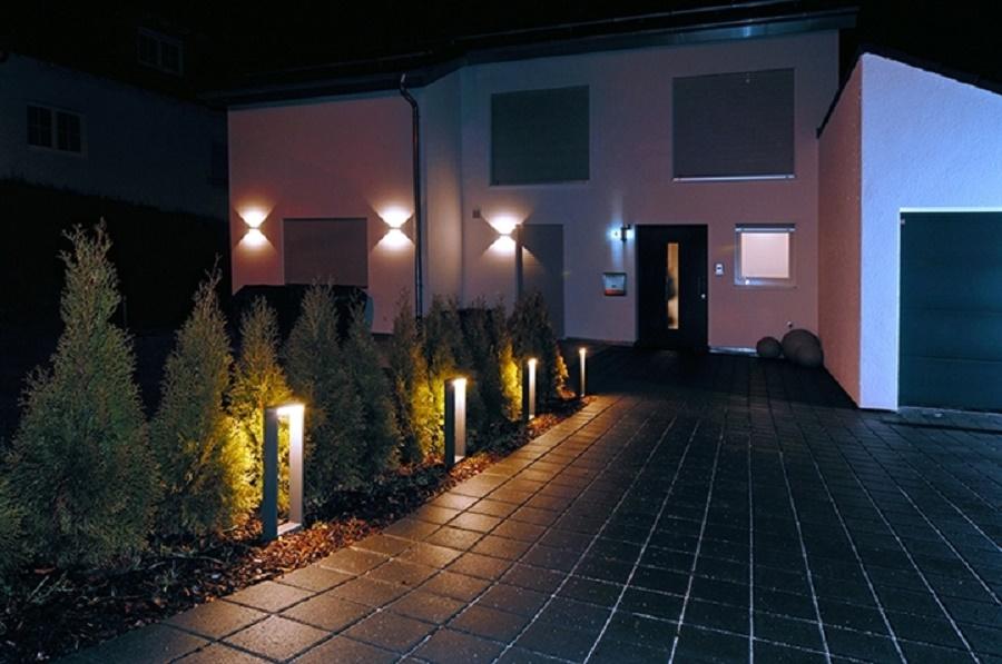 Pali lampioni e faretti da giardino :: prova sito::: lampioncino