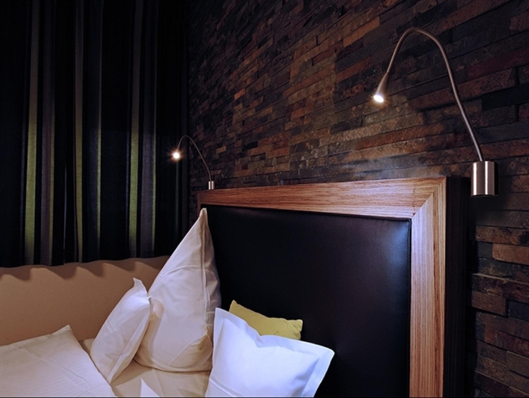 Read lampada led da lettura planetitaly luce di - Luce camera da letto ...