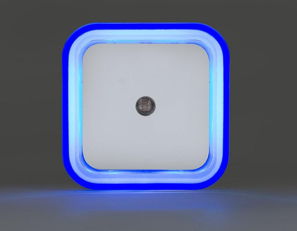 Plafoniera Da Esterno Con Crepuscolare : Luci led con sensore di movimento prova sito moderna