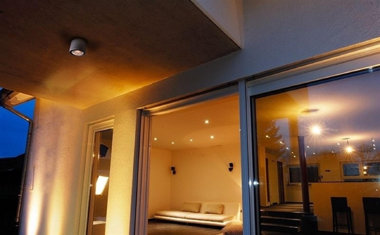 Plafoniere Con Spot : Lampade faretti a soffitto prova sito cilindro con
