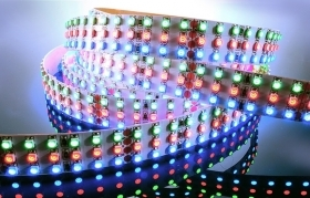 Striscia led RGB flexible led strip 1080 LED SMD 24V 3 metri IP20 cromoterapia multicolore