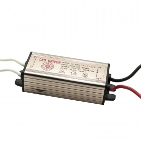 Power supply LED driver 9-12 x